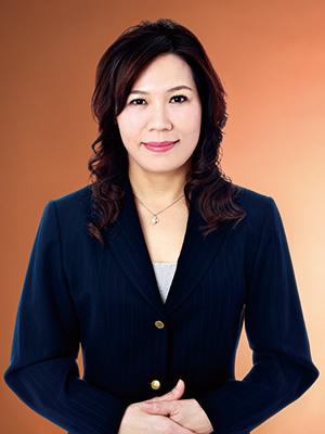 陳磬薇肖像