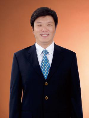 李彥儒肖像