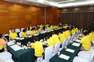 小組研討2-關主玉梅總監與雪霞總監側拍
