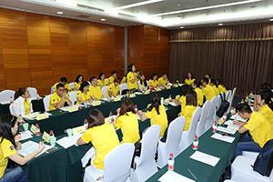 小組研討2-關主明徹資深總監與桂梅籌備總監側拍