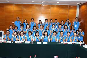 小組研討-關主月碧副總與素秋籌備總監和組員合照