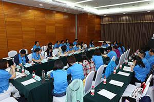 小組研討-關主玉梅總監與雪霞總監側拍