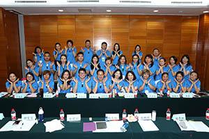 小組研討-關主建華總監與文山總監和組員合照