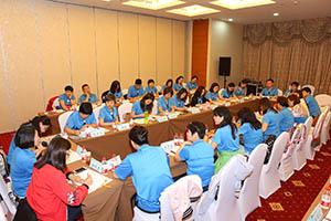 小組研討-關主富民總監與貞萩總監側拍