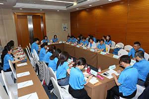 小組研討-關主瑩惠籌備副總與沄閒部經理側拍