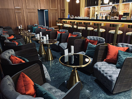 HW Lounge雪茄咖啡館內場景