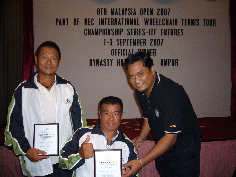 頒獎典禮-男子雙打B組亞軍。
