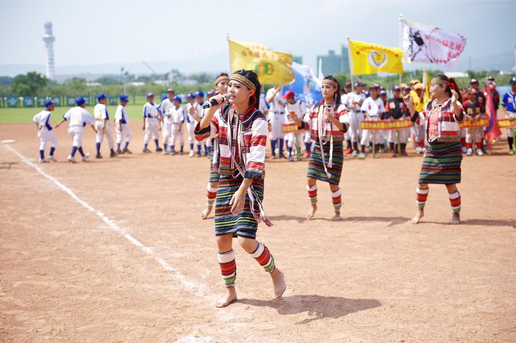 精彩原住民舞蹈及各項表演。