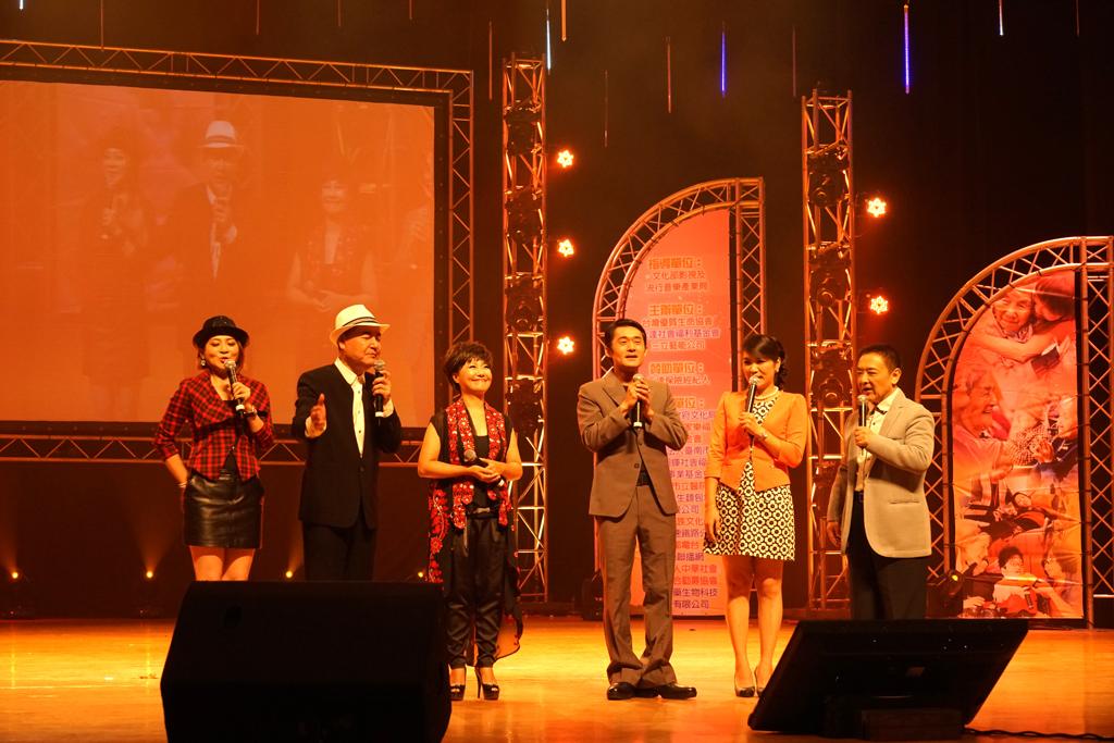 三立「世間情」主要演員呂雪鳳、江國賓、林珮君(左三往右依序)熱情站台。