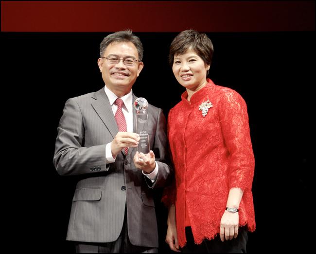 2016年世傑通訊處榮獲第18屆保險信望愛獎「最佳通訊處獎」特優。