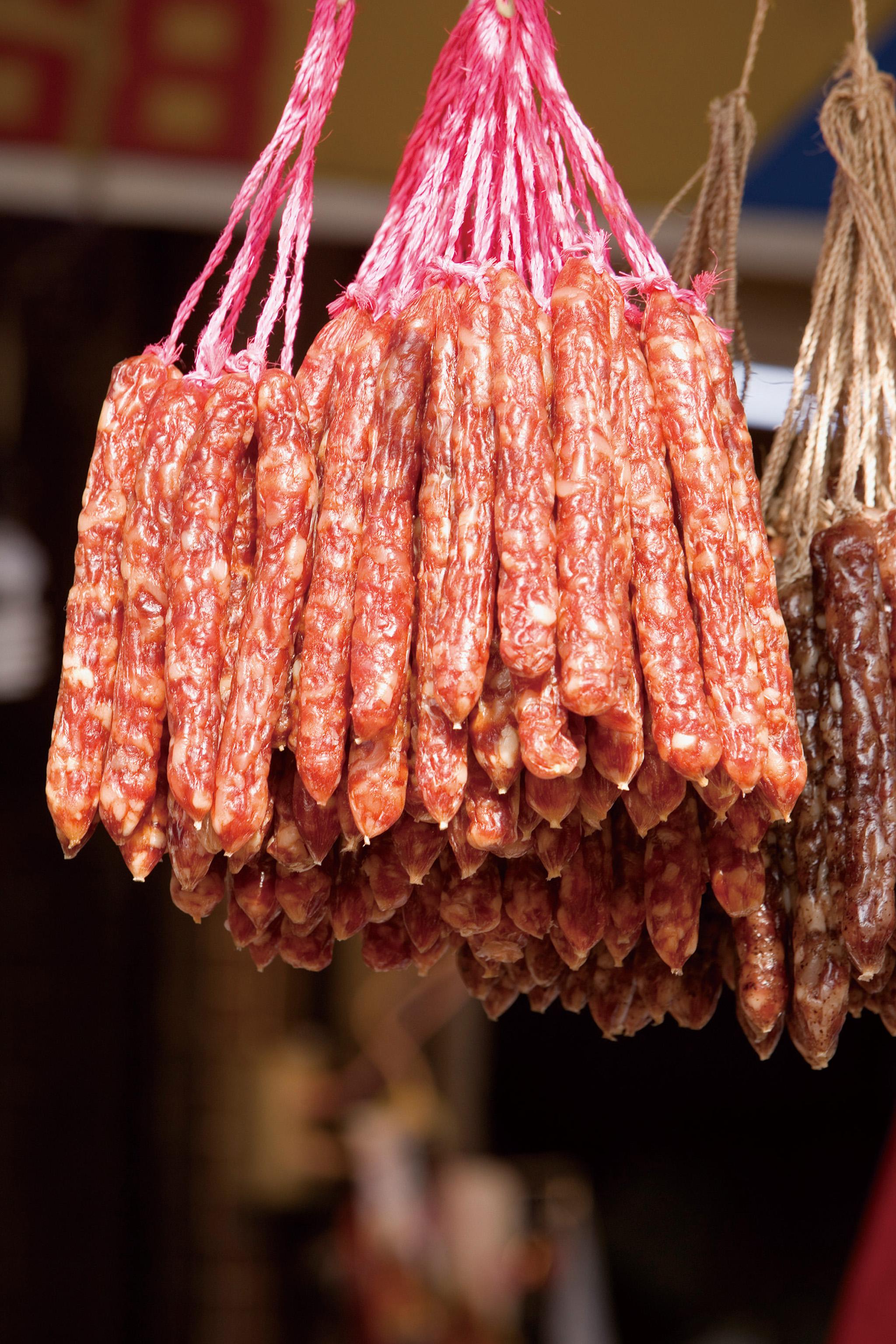 甲狀腺機能亢進不宜過食臘味製品。