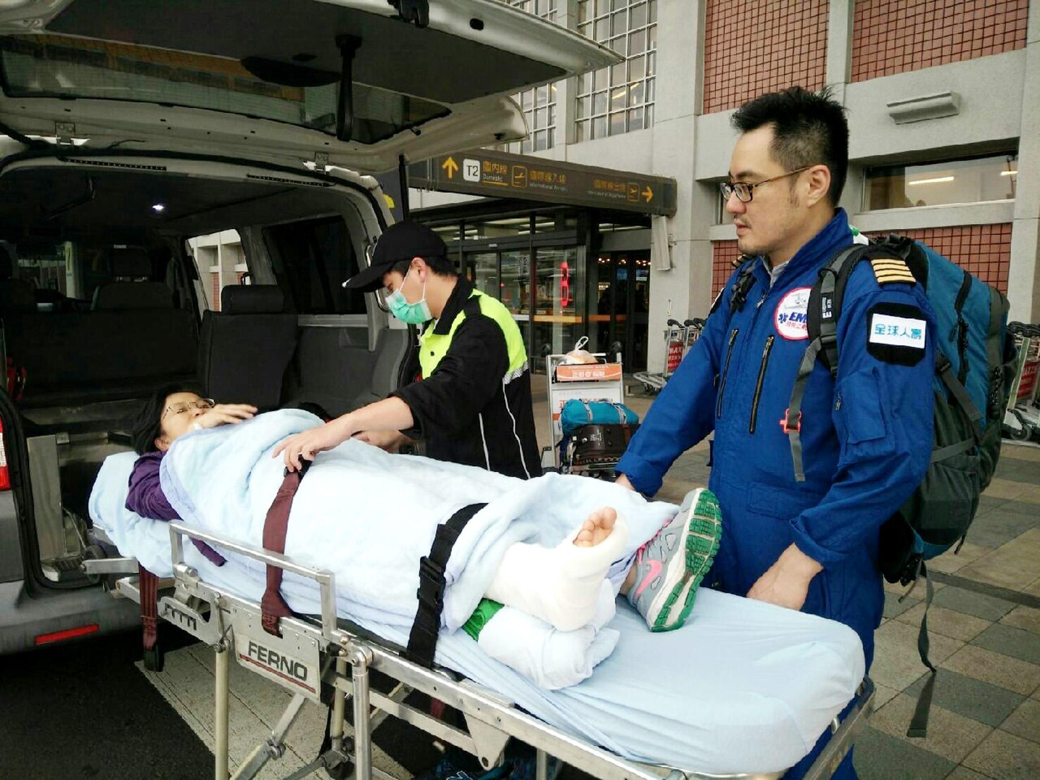 全球人壽海外急難救助中心醫療團隊轉送過程都有專業安排。