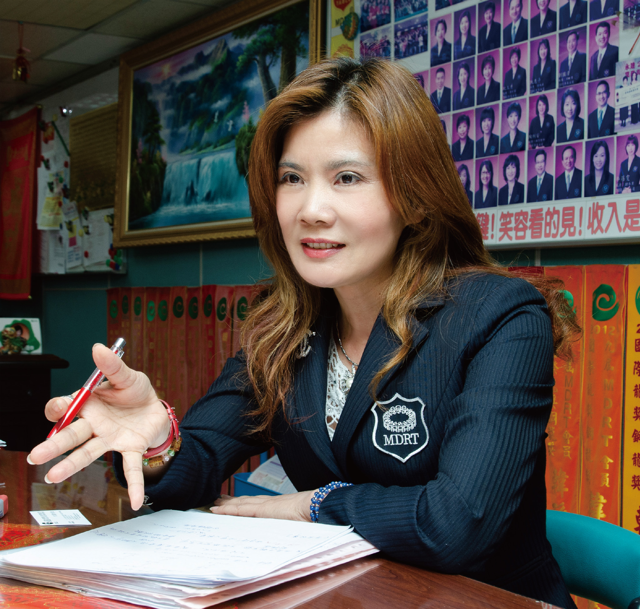 侯姵瑄業務區經理。