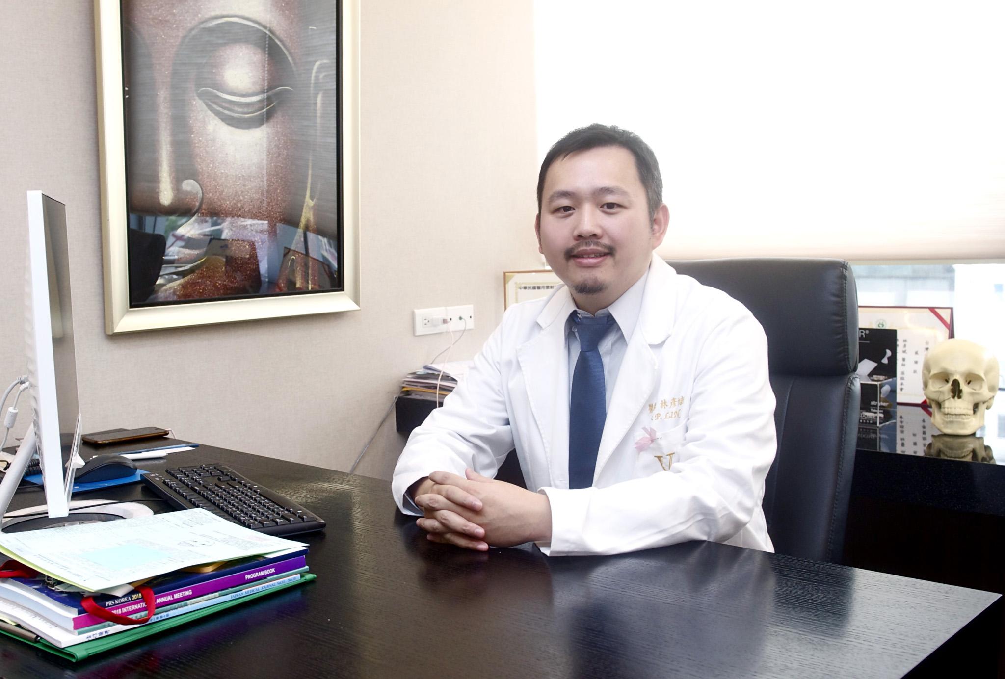 林彥斌醫師專注鼻整形領域,追求創新。