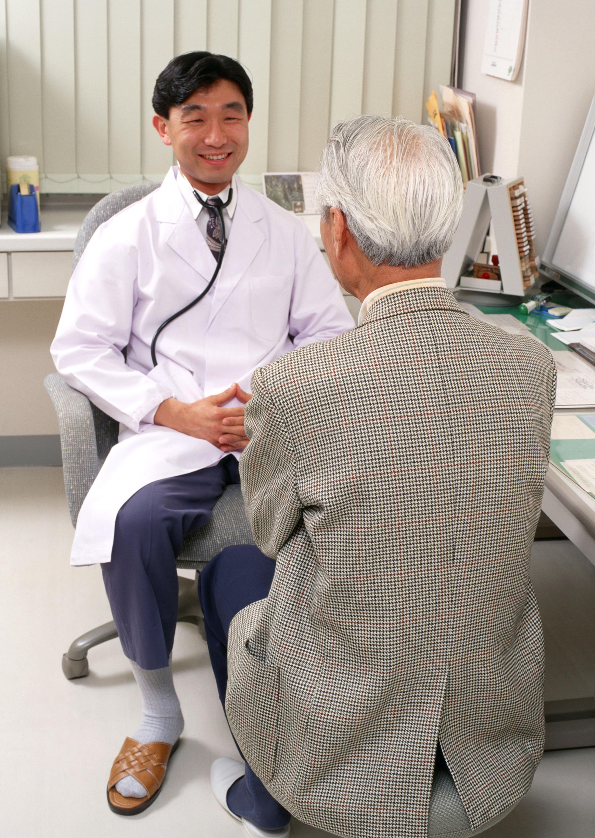 隨時關注家中長輩健康情況,預防及延緩衰弱情形的發生。