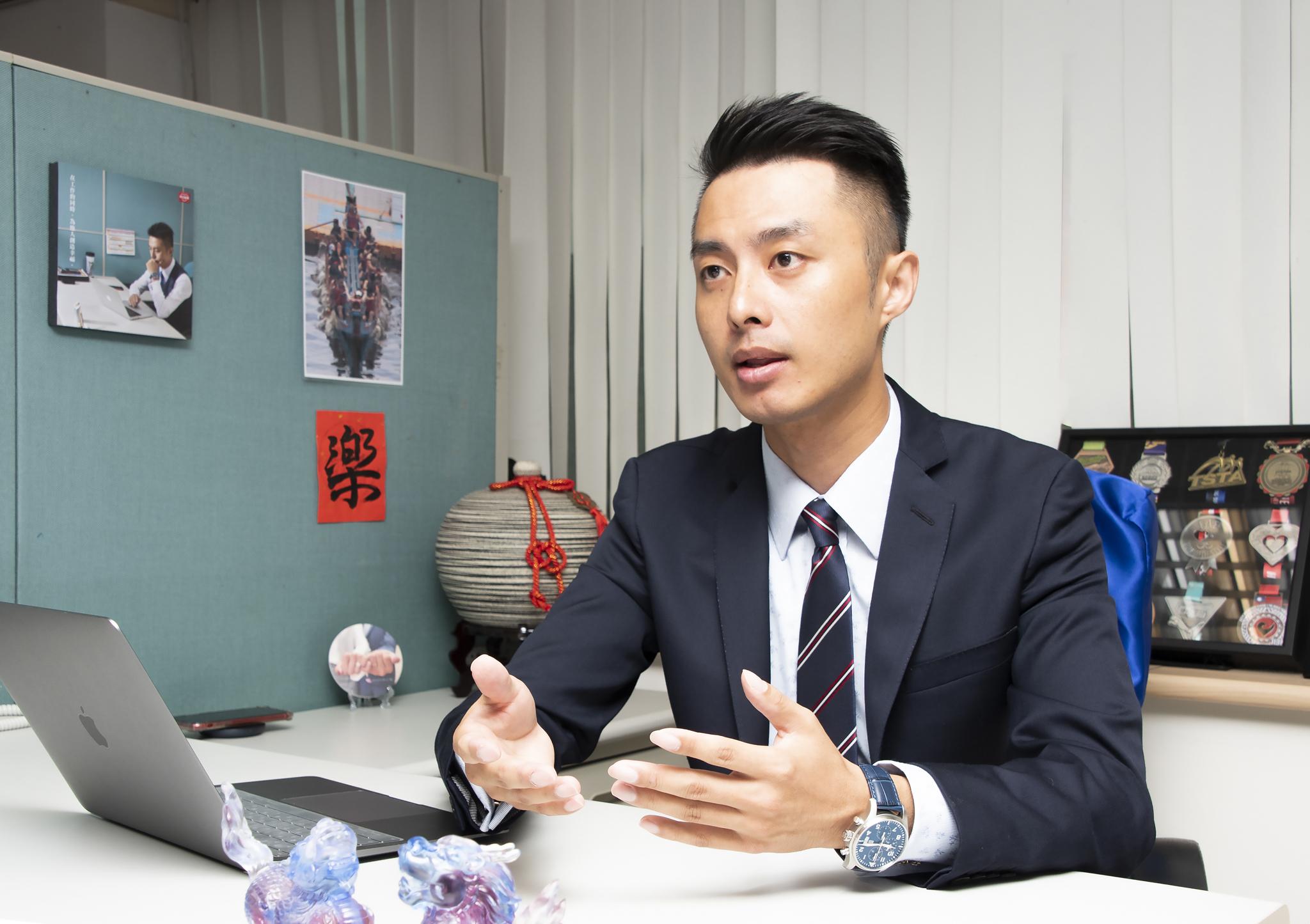 吳東凱業務處經理。